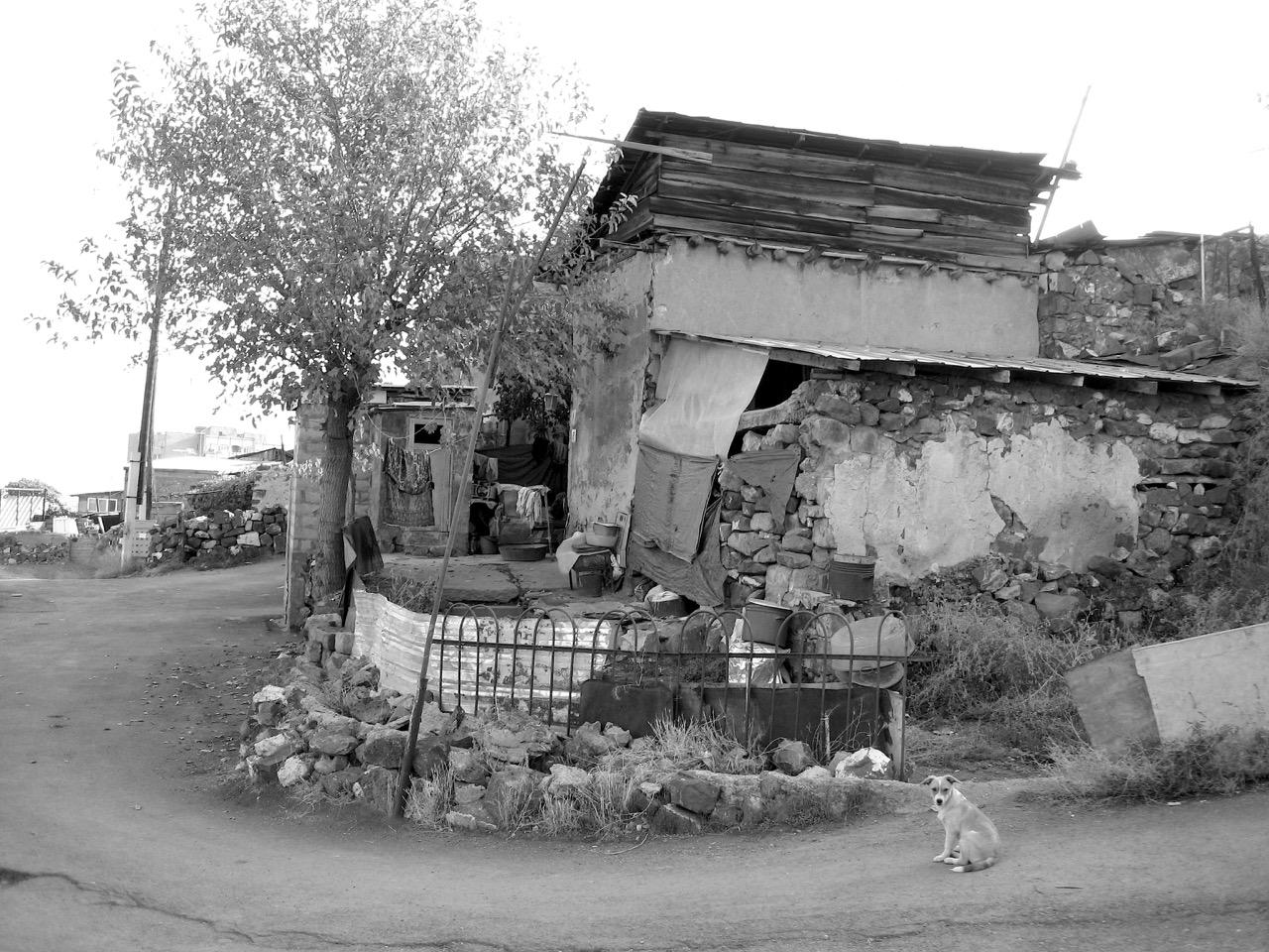 Foto: Kond (Կոնդ). Aus: Eriwan. Kapitel 5. Aufzeichnungen aus Armenien von Marc Degens.