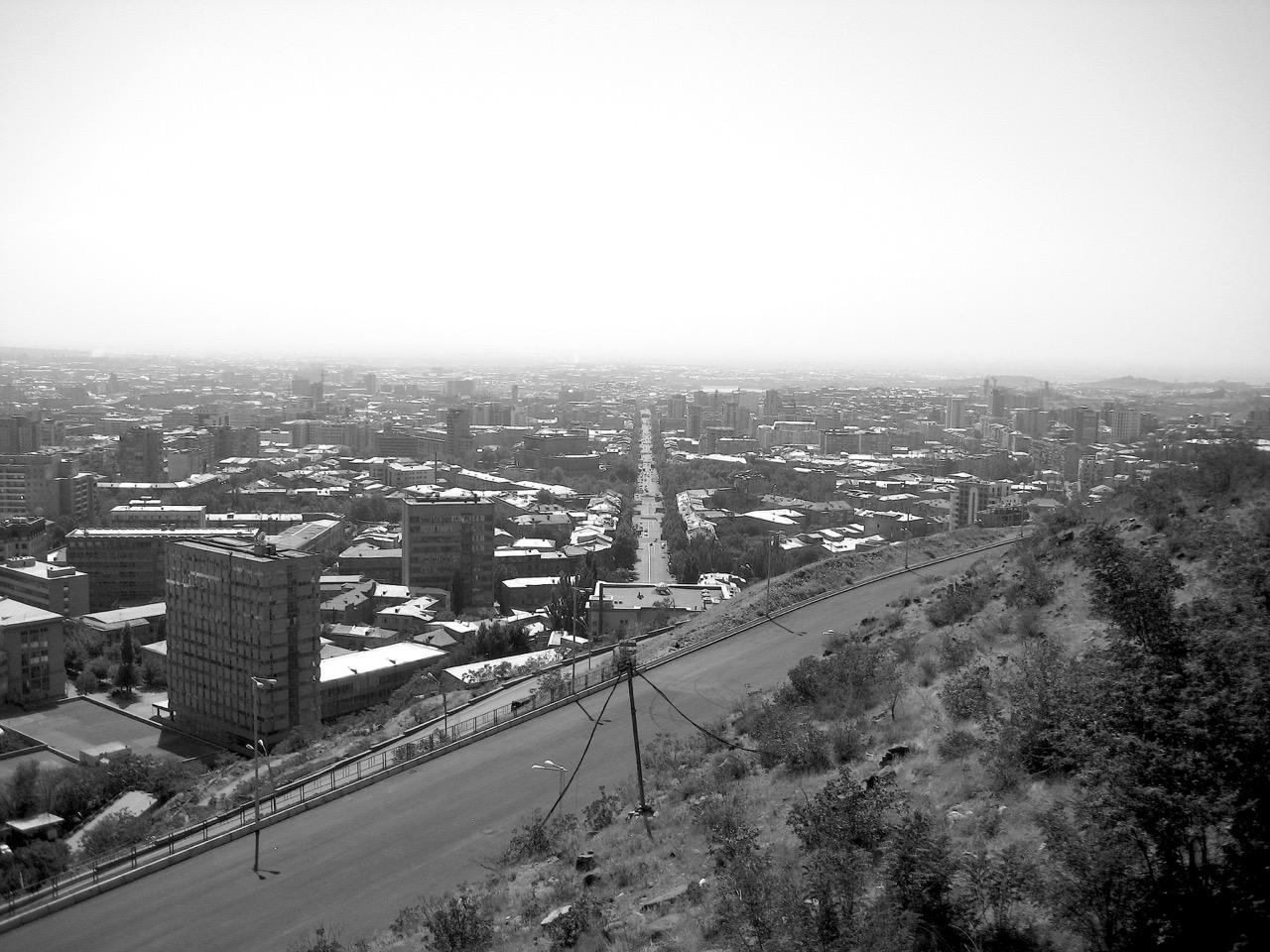 Foto: Mashtots. Aus: Eriwan. Kapitel 6. Aufzeichnungen aus Armenien von Marc Degens.